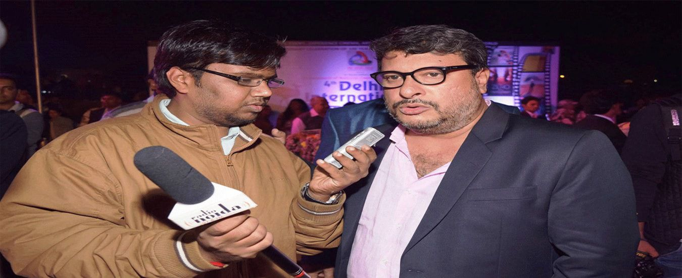 our-rj-student-naman-interviewing-bollywood-film-writer-and-director-tigmanshu-dhuliya